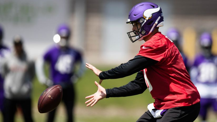 d652ff3003f Vikings QB Kirk Cousins was wired for sound during OTA No. 4 at the TCO