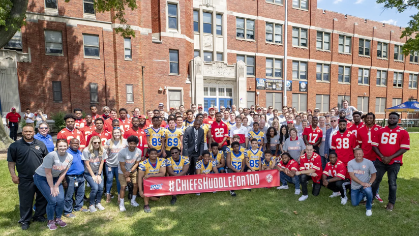 Kansas City Chiefs Host Huddle at Lincoln College Prep