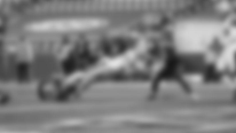 1101-Seahawks-Ross TD-16x9