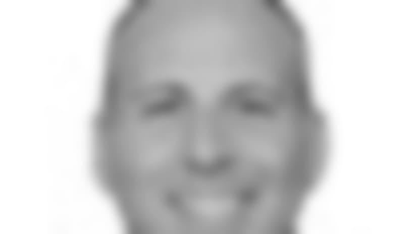 090915-Albarino-headshot.jpg