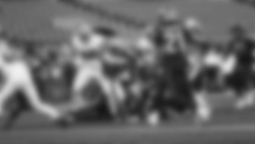 1101-Seahawks-Hasty TD-16x9
