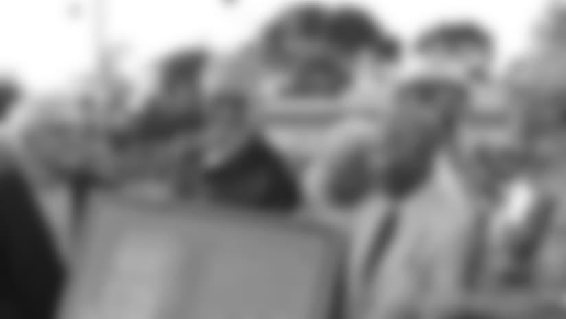 060110-StClair-Sub.jpg