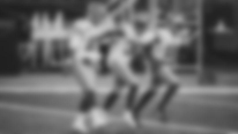 1025-Patriots-Wilson-16x9