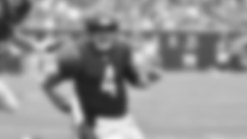 Chase Daniel runs for 28-yard QB scramble