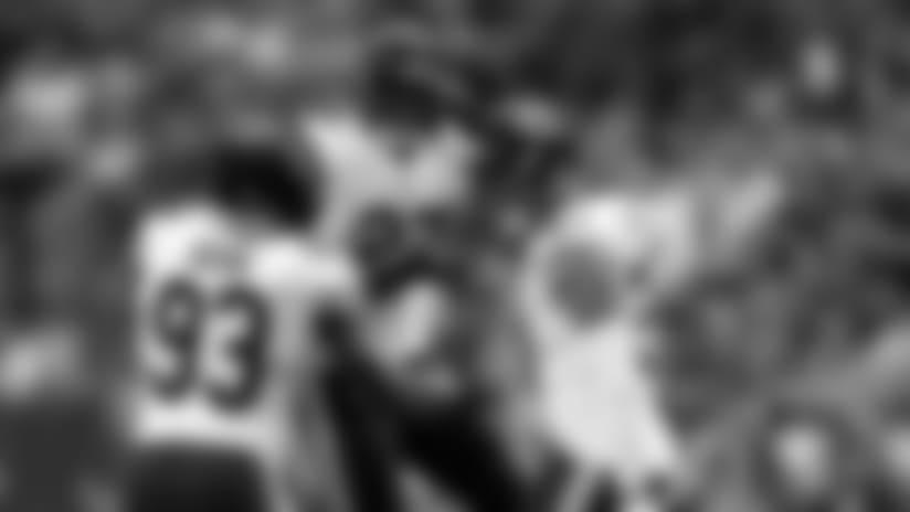 Sherrick McManis dives for interception