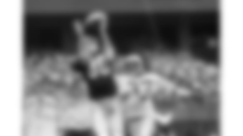 821129-Bengals_Raiders-AP_51275026195-David Kohl-NEW