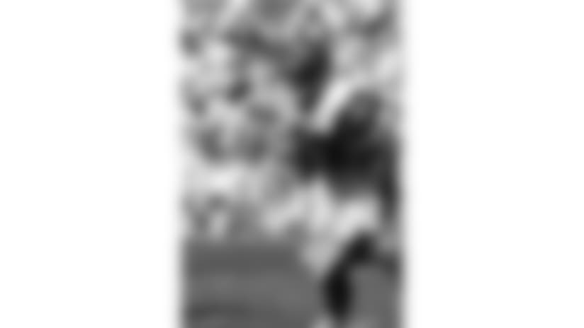 881002-NFL_Bengals_Krumrie-AP_96772097027-NFL Photos-NEW