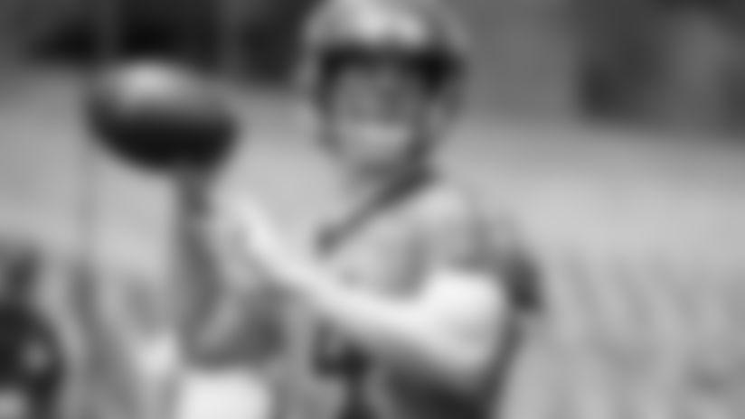 190612-Dalton-Andy_minicamp_looking