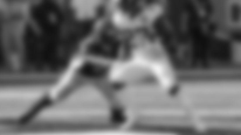 Jacksonville Jaguars running back Leonard Fournette (27) breaks away from Cincinnati Bengals defensive tackle Geno Atkins (97) in the second half of an NFL football game, Sunday, Oct. 20, 2019, in Cincinnati. (AP Photo/Gary Landers)