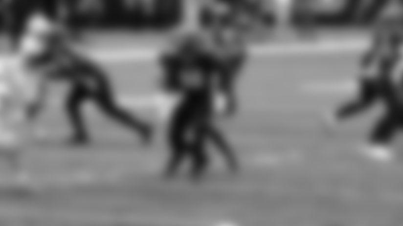 Field view: Joe Burrow follows blockers for first NFL TD