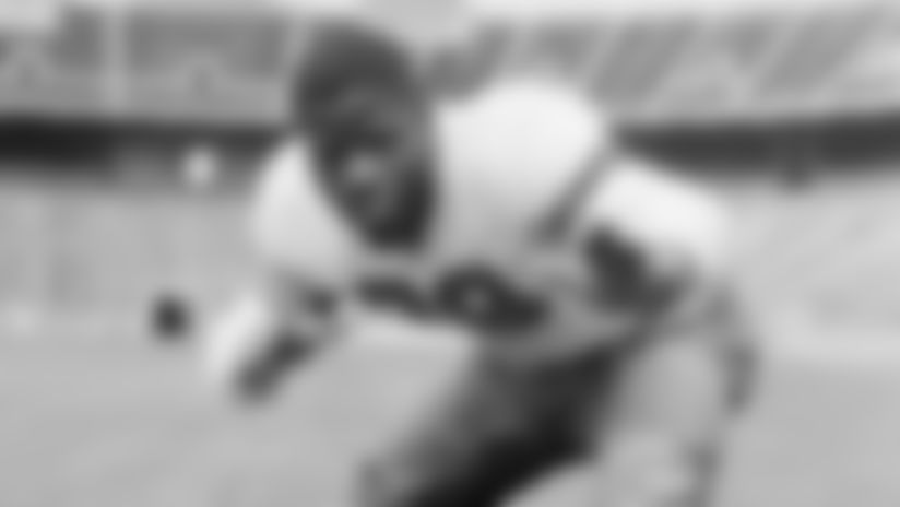 ** FILE ** Ohio State's Bill Willis is shown in this Sept. 11, 1944 file photo in Columbus, Ohio. Willis, a two-time All-American at Ohio State and Hall of Famer with the Browns who helped break down pro football's color barrier in the 1940s, died Tuesday night, Nov. 27, 2007, in Columbus from multiple illnesses. He was 86.. (AP Photo)