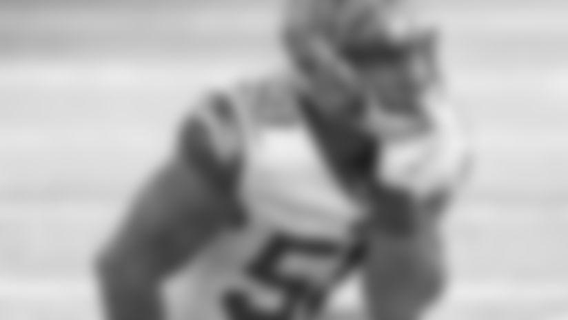 Carl Lawson: 14 QB hits.