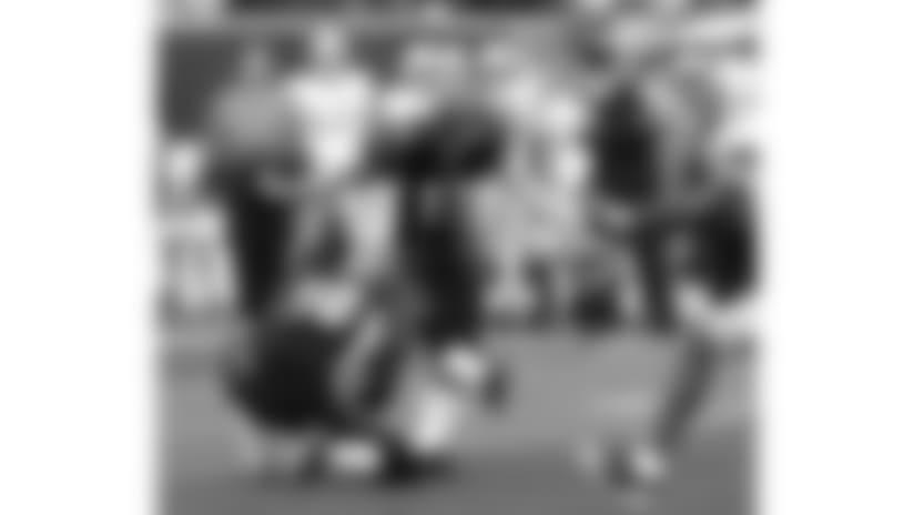 091206-Bengals_Lions-AP_091206020553-David Kohl-NEW