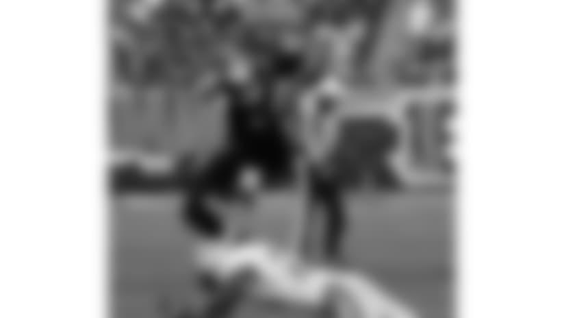 091206-Bengals_Lions-AP_091206117227-David Kohl-NEW