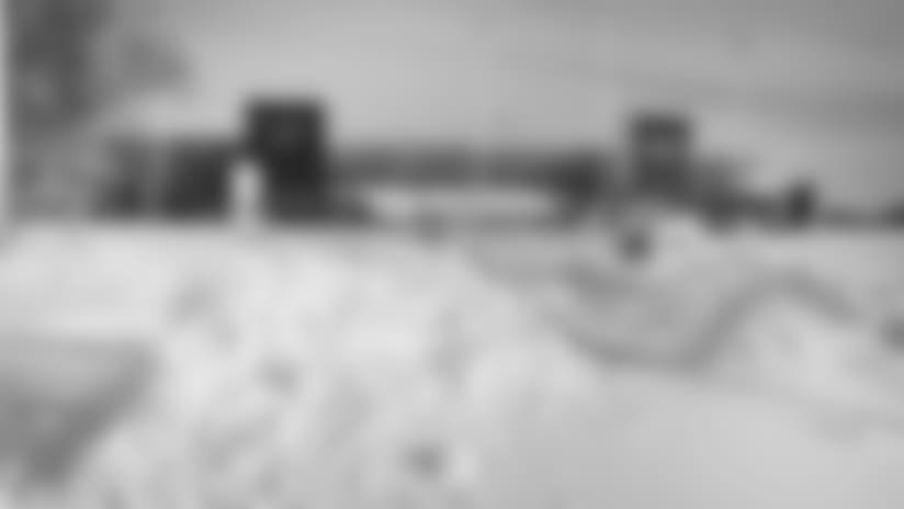 marrone-coaches-snow-story.jpg