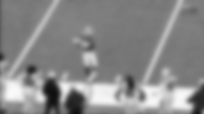 Gabriel Davis catches for a 35-yard Gain vs. Indianapolis Colts