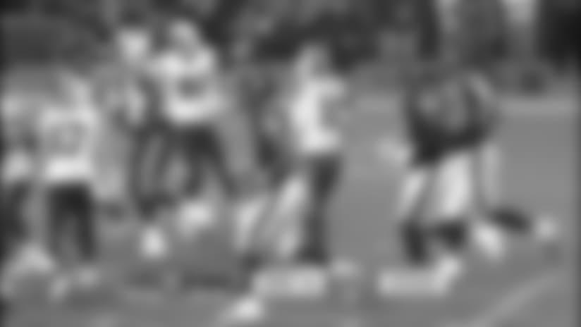 Logan Thomas pulls picks up 23 yards on pass from AJ McCarron