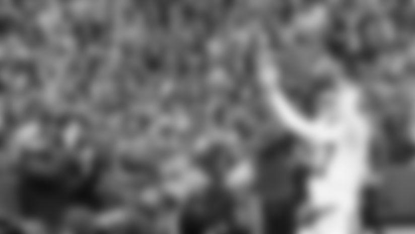 2019-josh-allen-fans-stadium