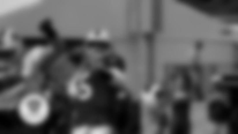 Camp Highlight: Matt Barkley TD pass to Senorise Perry