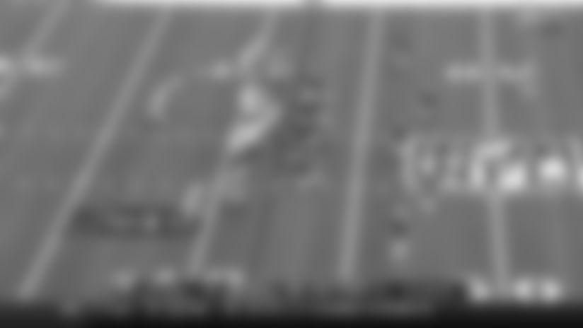 Josh Allen lobs sideline floater to Tyler Kroft for 38 yards