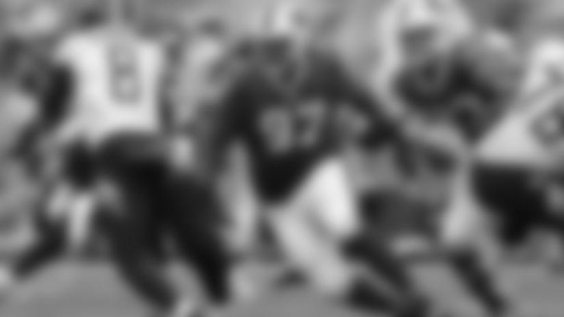 Jordan Phillips tracks down Tennessee QB Marcus Mariota at Buffalo Bills vs Tennessee Titans, October 6, 2019 at Nissan Stadium. Photo by Bill Wippert.