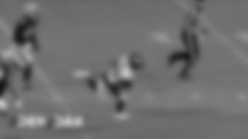 #DENvsOAK: Joe Flacco throws 53-yard pass to Emmanuel Sanders