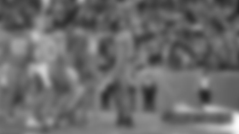 #DETvsDEN: DaeSean Hamilton takes shovel pass into the end zone for his first TD this season
