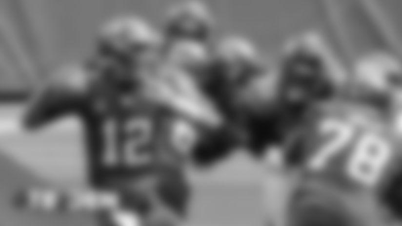 #TBvsDEN in-game photos: Broncos back at home vs. Brady