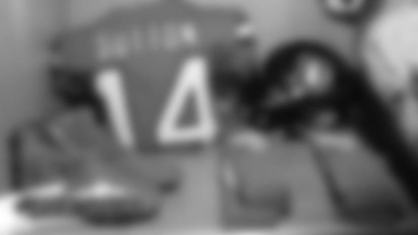 #DETvsDEN: Go inside the Broncos' locker room for a glimpse of Denver's Color Rush uniforms