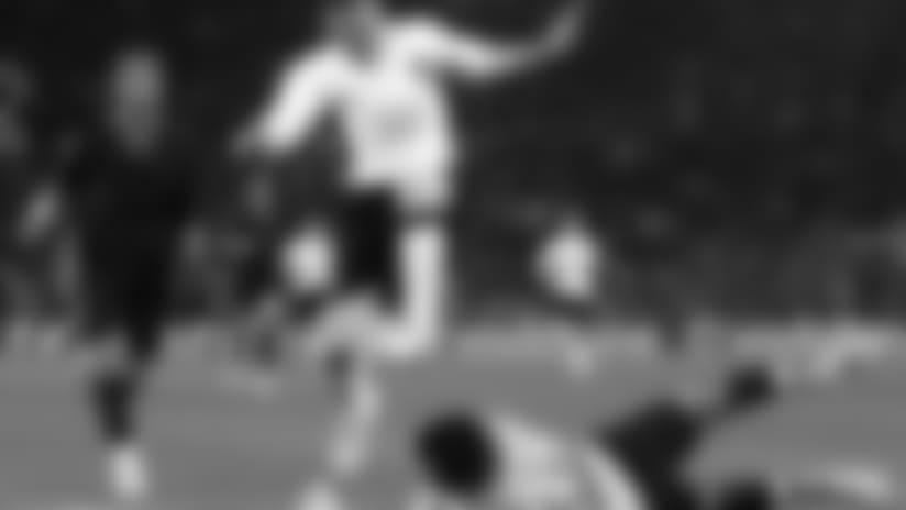 140220_soccer_ins.jpeg