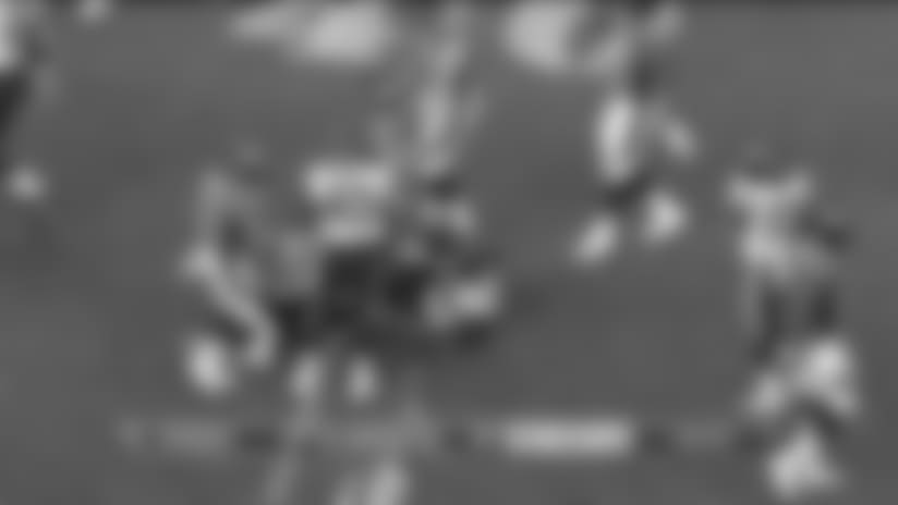 Chad Kelly shows off his arm with a 20-yard bullet to Brian Parker