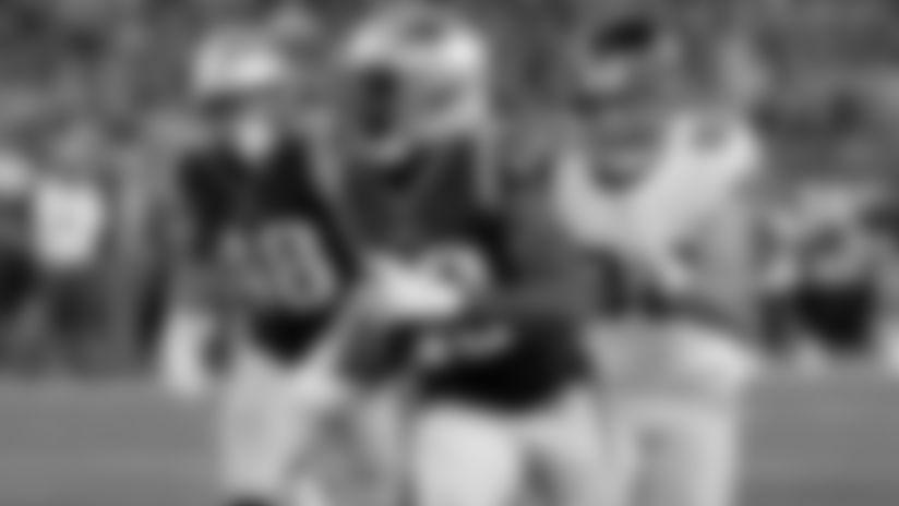 Patriots deal former 2nd-round pick Dawson to Broncos