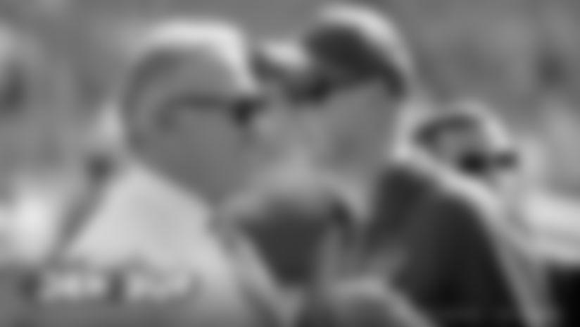 Way Back Wednesday: The bond between John Elway and Jim Kelly