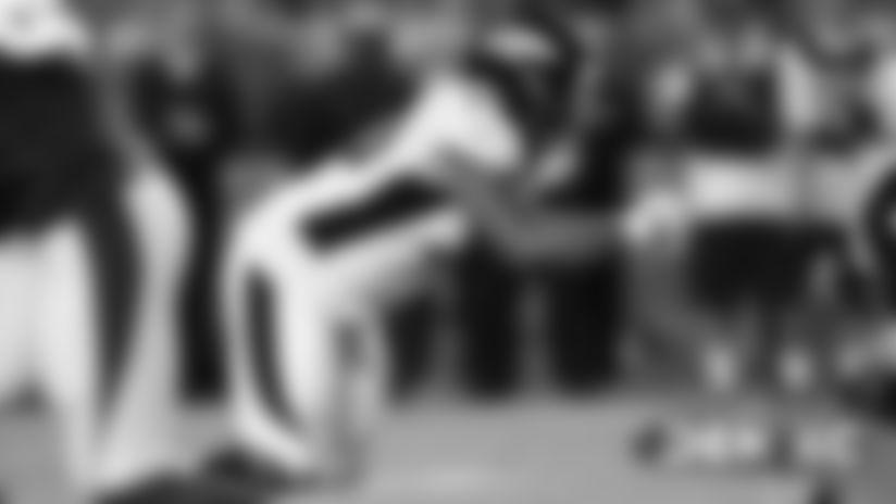 Broncos sign DL Kyle Peko, promote DL Deyon Sizer to active roster