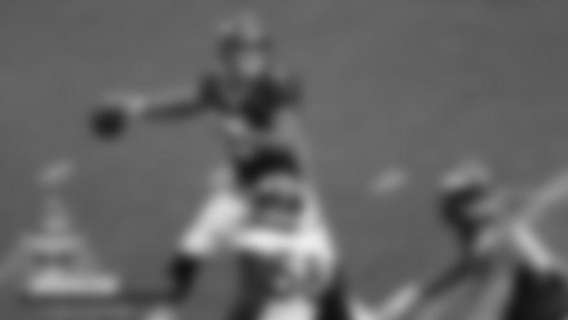 #BroncosCamp Daily Recap: Drew Lock has learning experience, Von Miller dominates at stadium practice