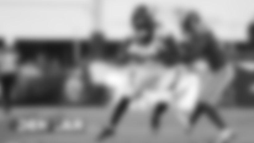 #DENvsLAR: Kevin Hogan throws 19-yard dart to Juwann Winfree