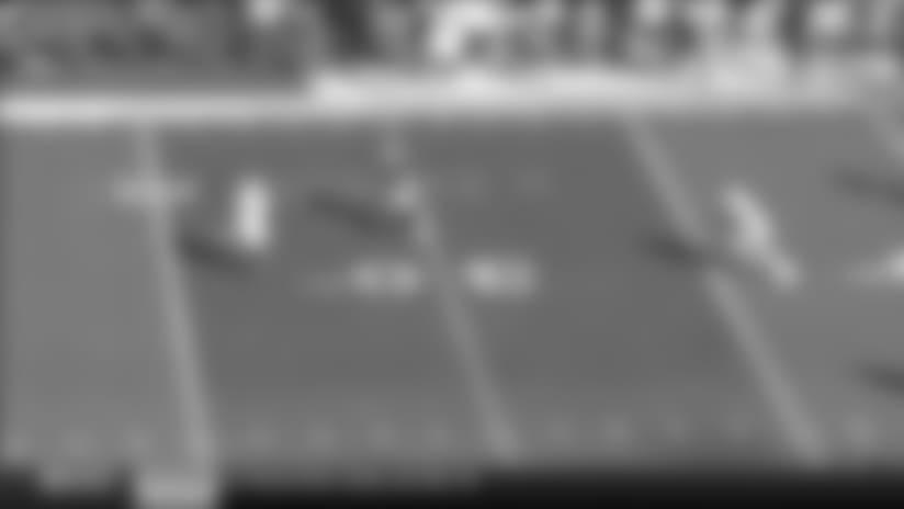 Case Keenum escapes pressure, finds Emmanuel Sanders for 23 yards