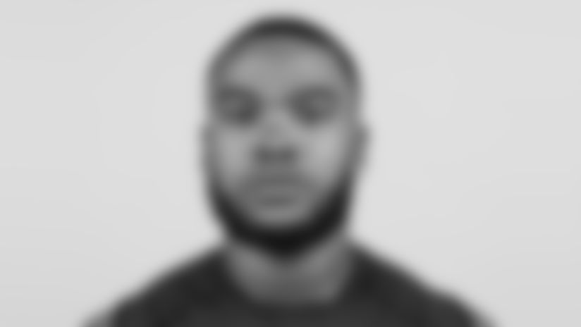 Elliott-Draft-Headshot