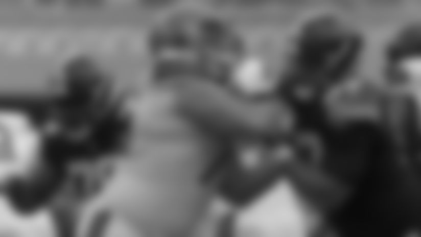 Offensive Line Hand Placement - Play Football Tip of the Week