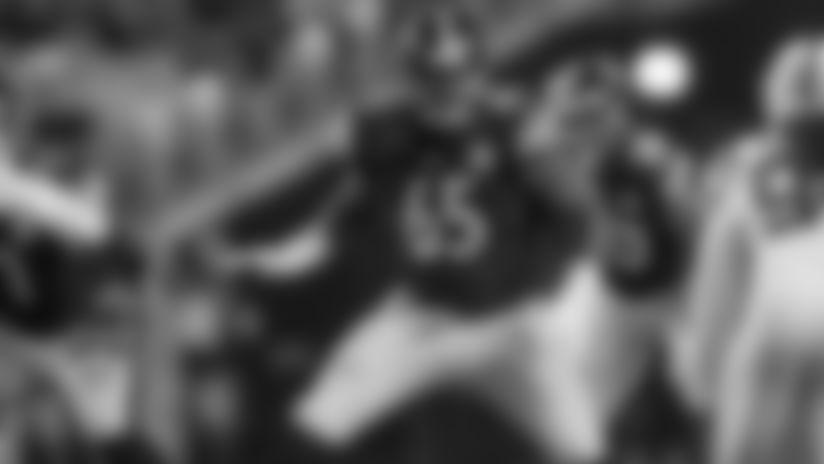 Bucs Trade for Steelers' T Jerald Hawkins