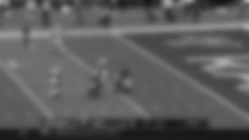 Jameis Throws to Godwin for 18-Yard Pickup   Bucs vs. Rams Highlights