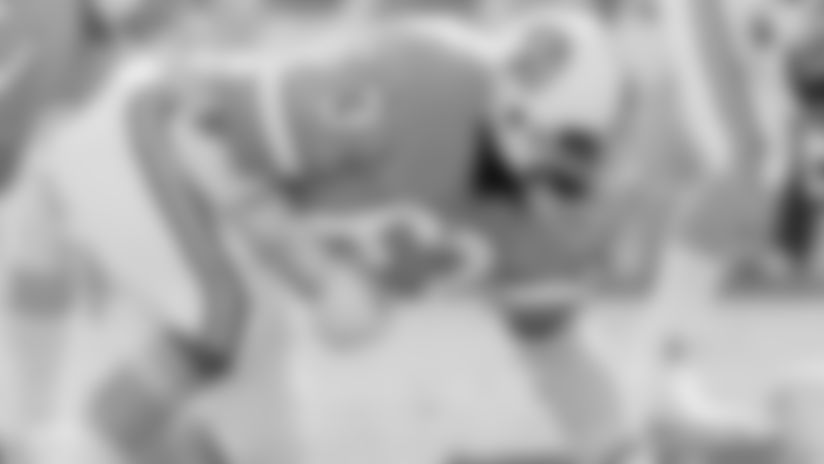 WATCH: Highlights of HOF Defensive End Lee Roy Selmon