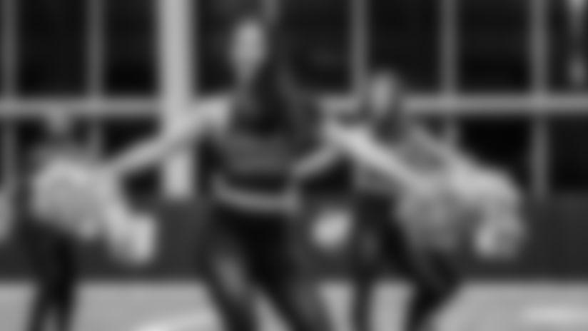 Bucs Cheerleaders Field Rehearsal | Bucs vs. Saints