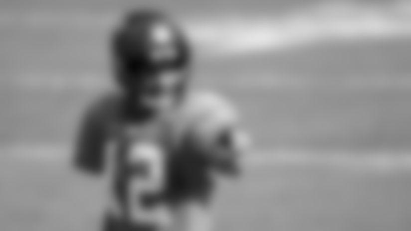 Tom Brady can't resist zinging Colts