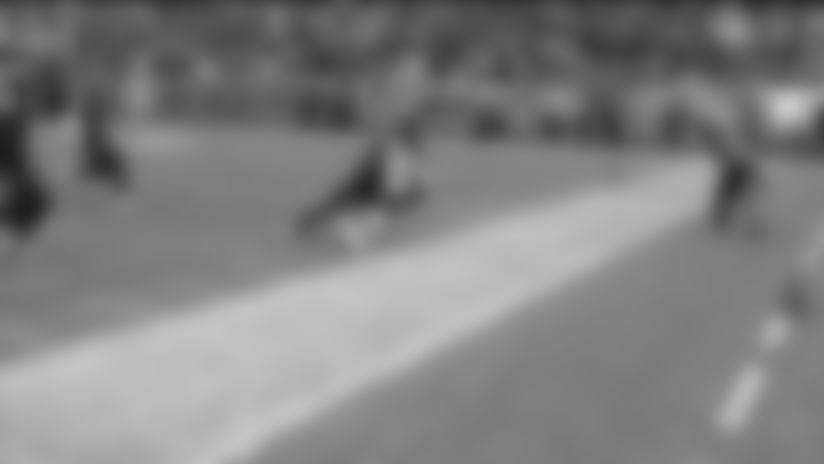 Mike Evans toe-taps on sideline for massive 46-yard catch