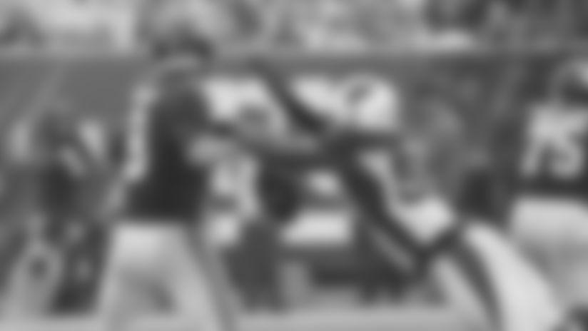 LB Chandler Jones strip-sacks Giants QB Daniel Jones in 2019