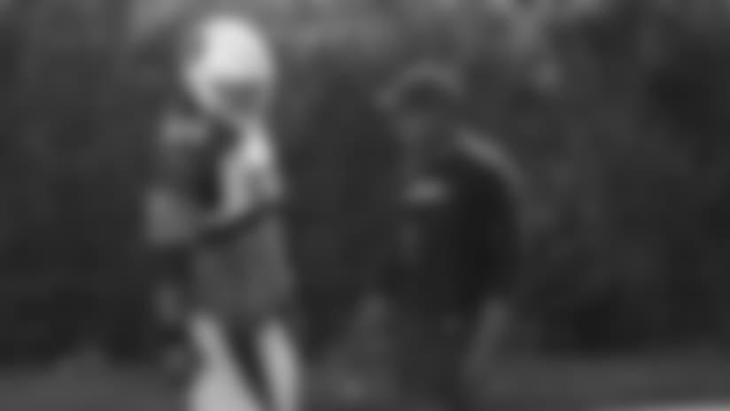 Contra 49ers Juego Terrestre, Robert Nkemdiche Y El Interior De La Línea Centro De Atención