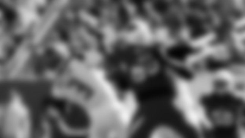 Cardinals OLB Chandler Jones gets a strip-sack on Bucs QB Jameis Winston in 2019