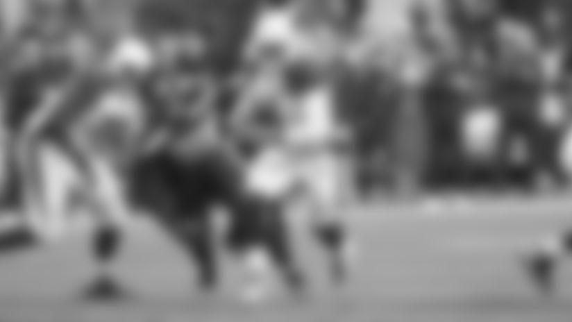 Cardinals backup quarterback Brett Hundley scrambles during a play in Seattle Sunday.