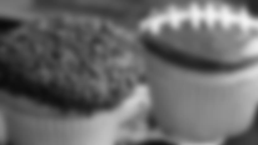 Tailgate Recipe: Boston Cream Cupcakes